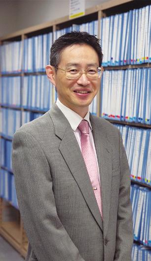 工学部就職委員長 山田勝実教授